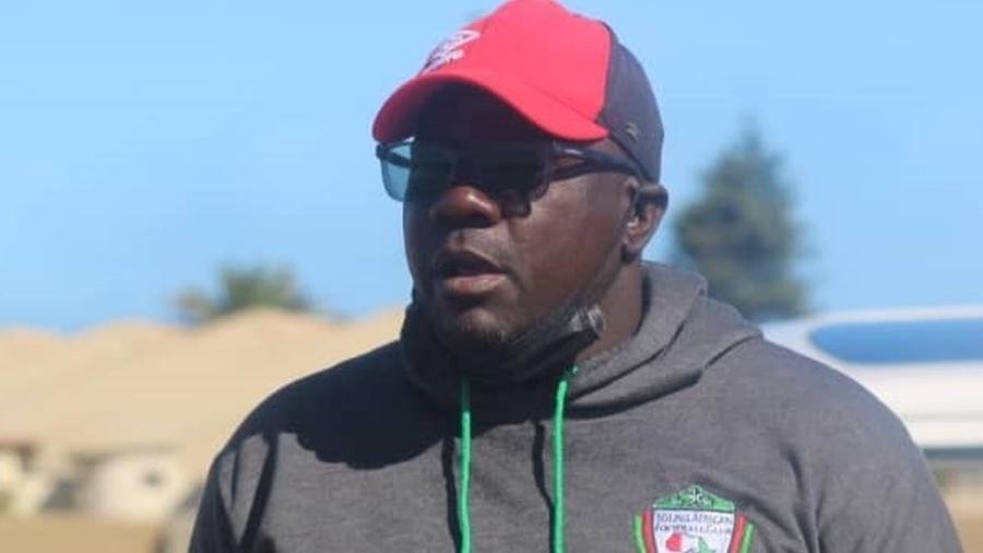 Marley Ngarizemo atuou como jogador da seleção de futebol da Namíbia e perdeu 15 familiares para a covid - Marley Ngarizemo