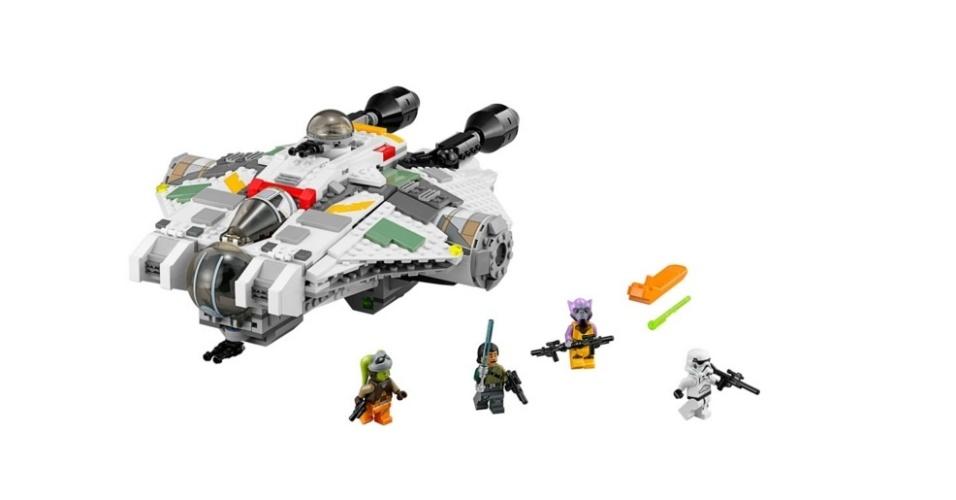 Nave espacial The Ghost, da Lego. À venda por R$ 589,99 na loja virtual da marca