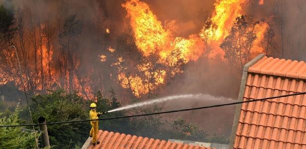 Segundo ex-santista, funcionários de seu clube não foram afetados pelo fogo