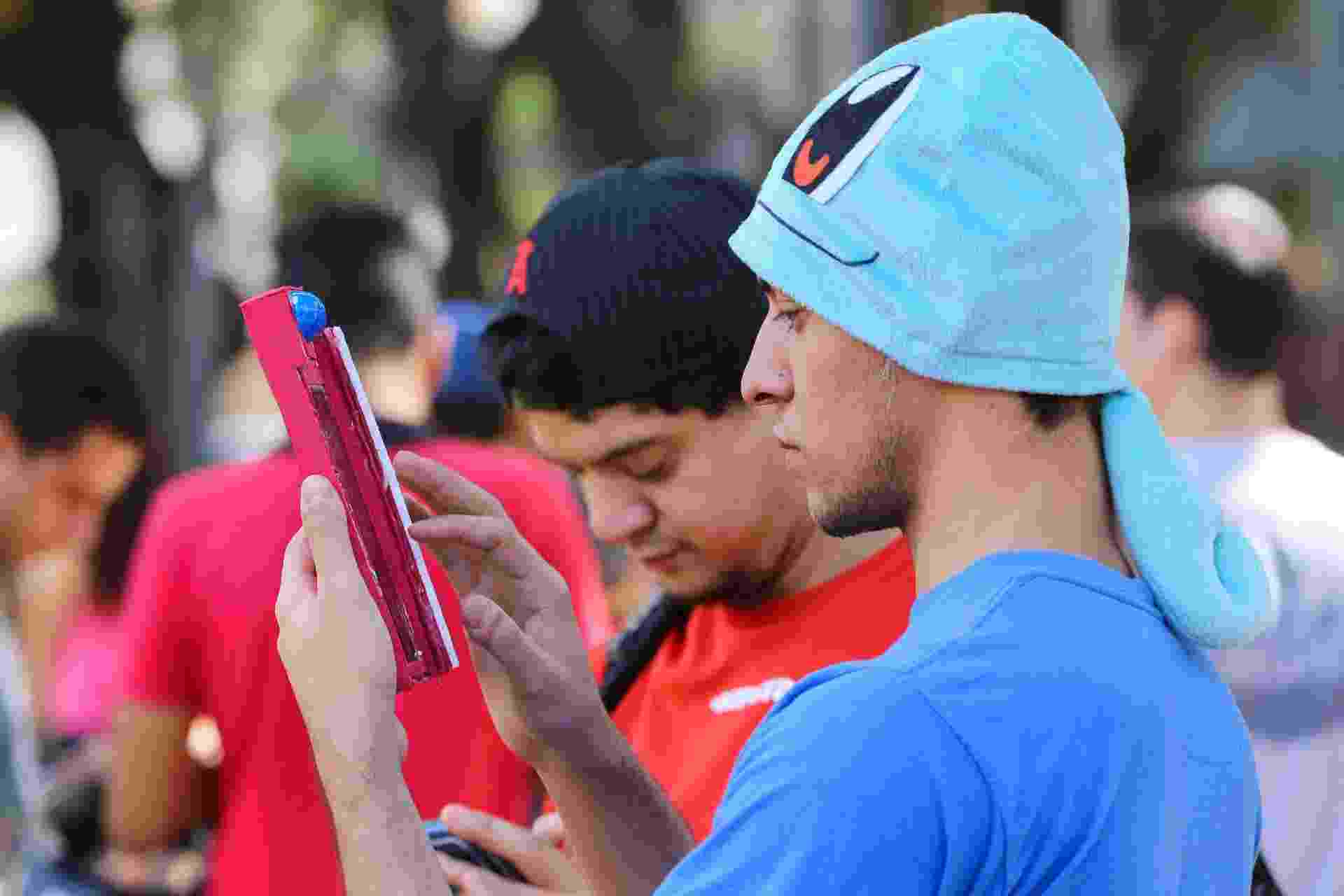 07.ago.2016 - Movimentação durante encontro de jogadores de Pokémon Go, na Praça Carlos Gomes, em Ribeirão Preto (SP), neste domingo - Renato Lopes RP/Futura Press/Estadão Conteúdo
