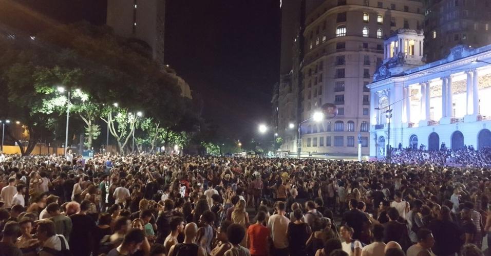 15.mar.2018 - Ato no centro do Rio de Janeiro em protesto às mortes da vereadora Marielle Franco (PSOL-RJ) e do motorista Anderson Gomes