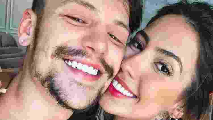 Gabi Brandt e Saulo Poncio são casados e têm um filho, Davi - Reprodução