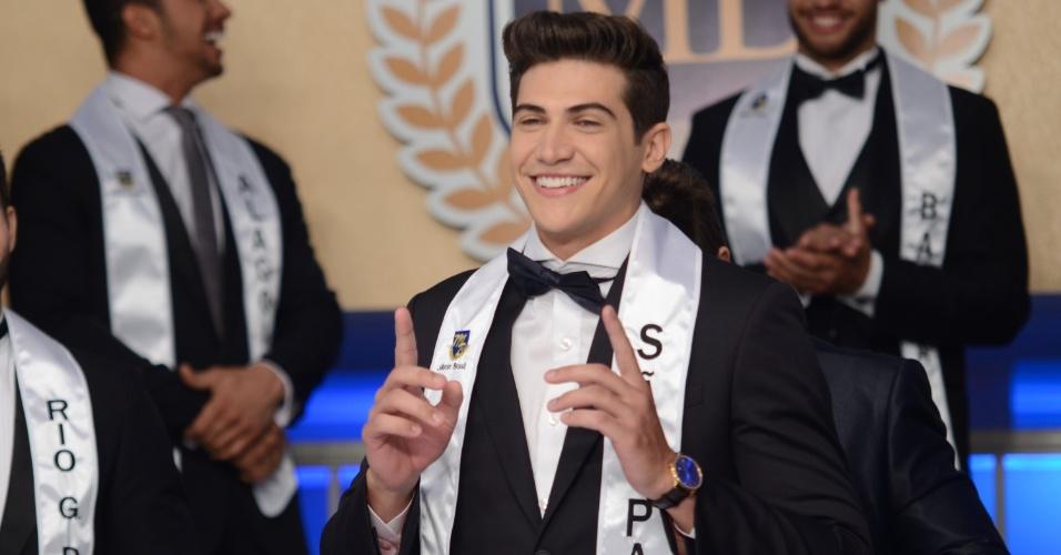 24.jun.2016 - Carlos Wilton Franco, de São Paulo, vence a final do concurso de beleza masculina Mister Brasil 2016, realizado em Jurerê Internacional, Florianópolis (SC)
