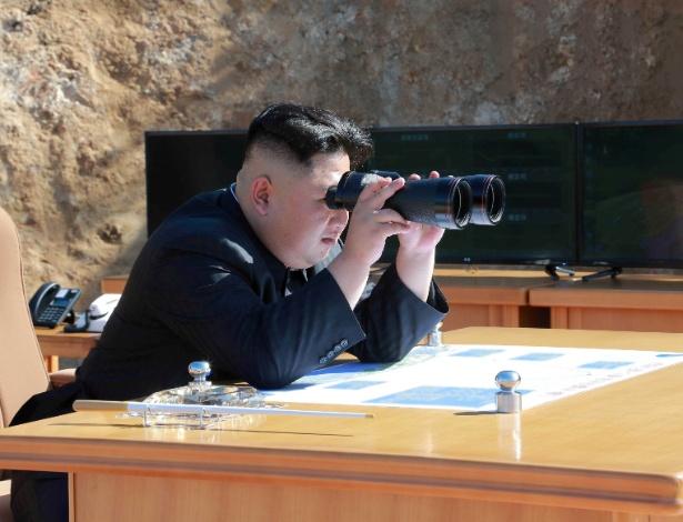 Líder coreano Kim Jong-un acompanha teste de míssil intercontinental Hwasong-14