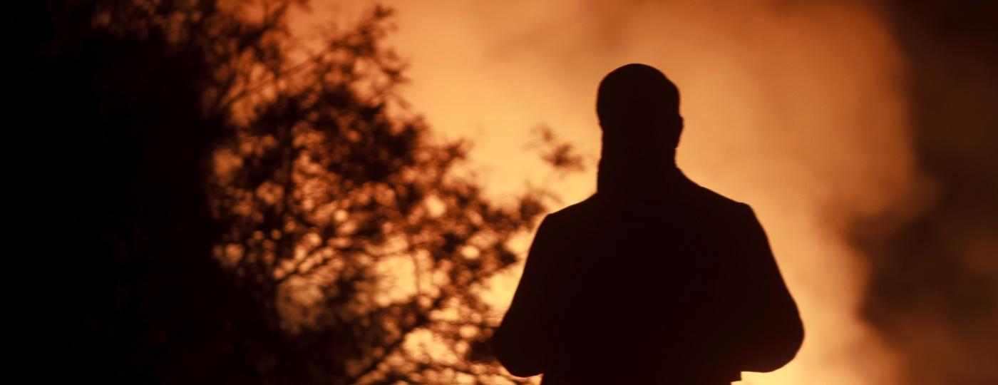 Estátua de D. Pedro II em Incêndio no Museu Nacional da Quinta da Boa Vista realizada no Quinta da Boa Vista em Rio de Janeiro, RJ, na noite deste domingo  - IDE GOMES/FRAMEPHOTO/ESTADÃO CONTEÚDO