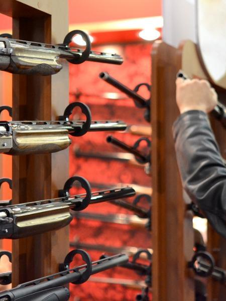 A legislação para venda e posse de armas varia muito de país para país - Getty Images