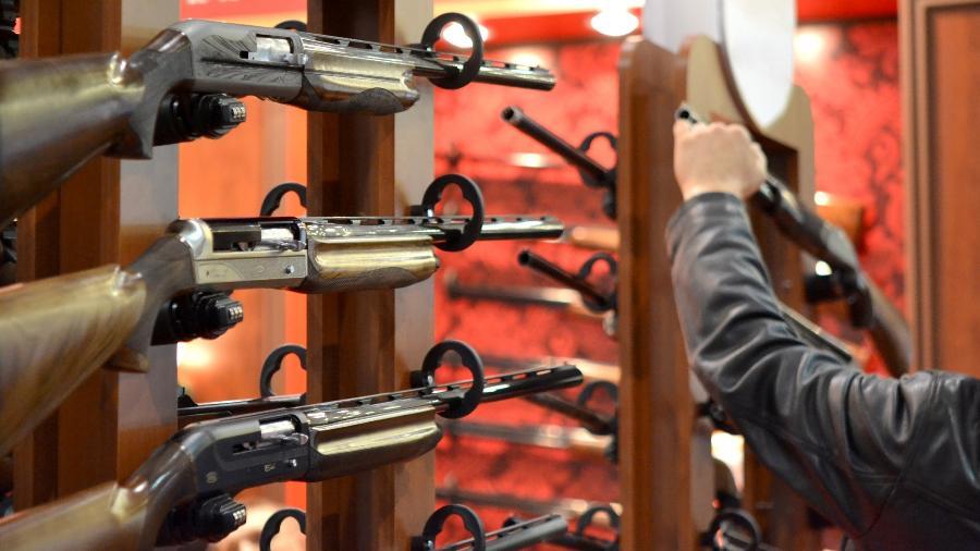 """Departamento de Justiça dos Estados Unidos apresentou novas regulamentações destinadas a combater a proliferação das chamadas armas """"fantasmas"""" - Getty Images"""