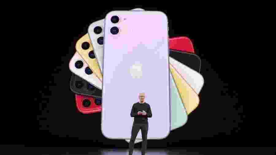 Eficiente, mas não muito diferente de seu antecessor, iPhone 11 exemplifica a desaceleração deste segmento - Reprodução
