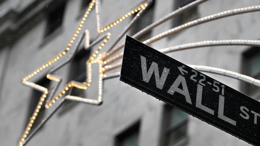 Wall Street a caminho da temporada de Festas - Brendan McDermid