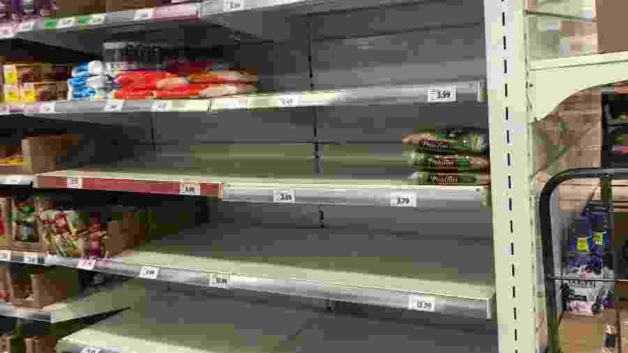 Prateleira de arroz vazia no supermercado Dia, em São Paulo - Lucas Borges Teixeira/UOL  - prateleira de arroz vazia no supermercado dia em sao paulo 1584747019979 v2 900x506 - Comercial da Sadia incentiva compras conscientes em meio a pandemia