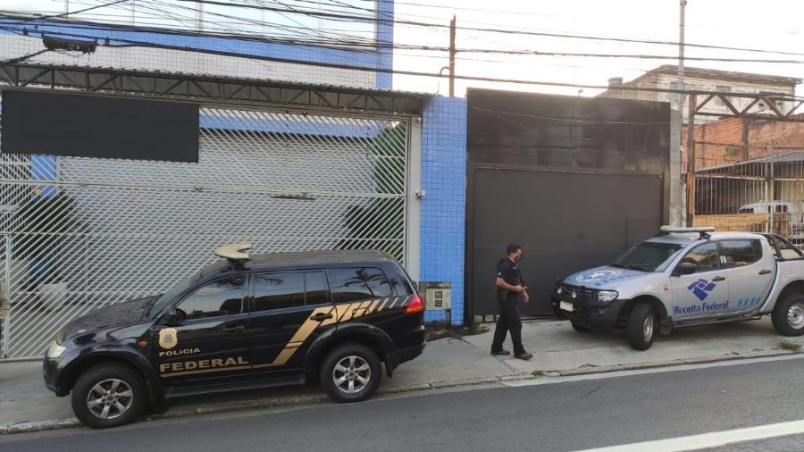 21.jan.2020 - Agentes da PF e da Receita Federal cumpriram mandados de busca e apreensão na manhã de hoje - Divulgação/PF