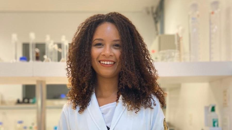 A cientista Dayene Caldeira - Fundação Estudar/Divulgação.