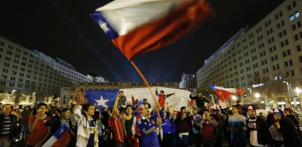 Chilenos terão vaga na Rússia em 2017, independente da Copa América Centenário - Sebástian Silva/EFE