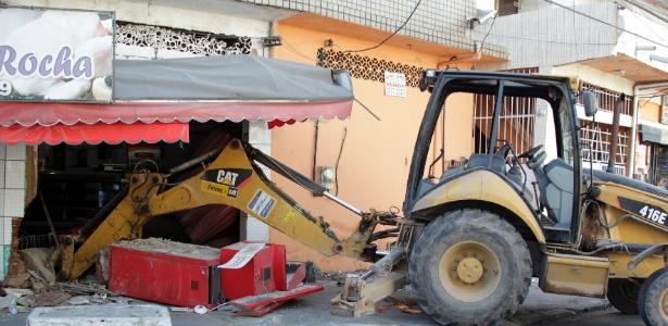 Foram seis explosões no Rio em uma semana - Paulo Campos/Estadão Conteúdo
