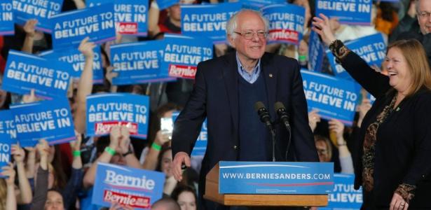 """Socialista Bernie Sanders promete """"revolução política"""" - Brian Snyder/Reuters"""