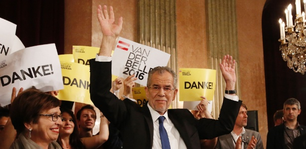 Alexander van der Bellen, do Partido Verde, foi o vencedor das eleições presidenciais na Áustria