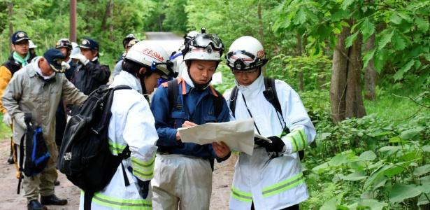 Grupos organizam buscas por menino de sete anos que está desaparecido há três dias, na localidade de Nanae, na ilha de Hokkaido, no Japão