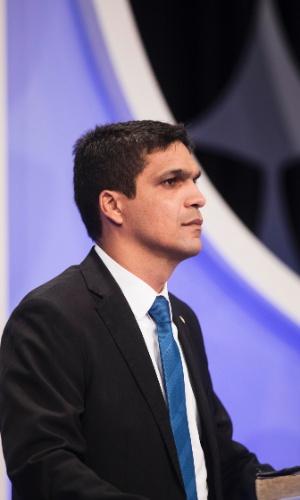 Cabo Daciolo (Patriota) critica Meirelles (MDB) sobre sua atuação no mercado financeiro e o chama de banqueiro