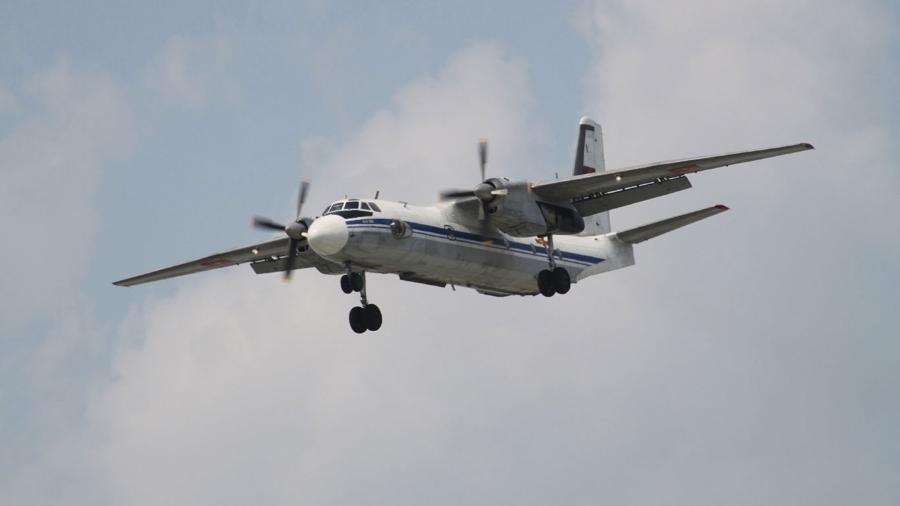 Os aviões An-26, ainda em uso para transporte civil e militar nas ex-repúblicas soviéticas, têm um longo histórico de acidentes - The Moscow New/ Aeroprints.com