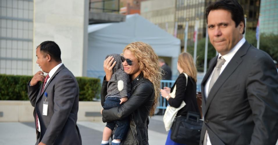 25.set.2015 - A cantora colombiana Shakira chega à sede da ONU, em Nova York, para a Assembleia Geral das Nações Unidas