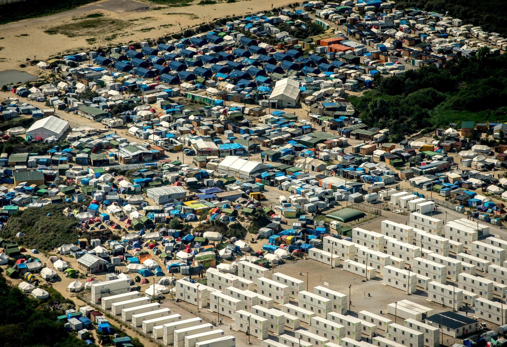 Acampamento de imigrantes em Calais, na França