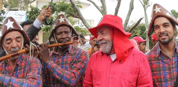 Lula visitou assentamento do MST em Pernambuco, em novembro do ano passado