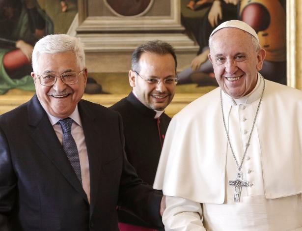 O presidente palestino, Mahmoud Abbas, se encontrou com o papa Francisco no Vaticano