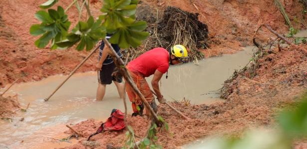 Fortes chuvas causaram deslizamentos e enchentes em Maceió (AL)