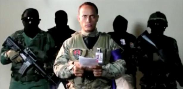 Óscar Pérez em vídeo divulgado em seu Instagram momentos antes do ataque ao Supremo na Venezuela - REUTERS