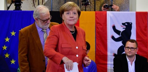 Chanceler alemã, Angela Merkel, vota em Berlim nas eleições legislativas