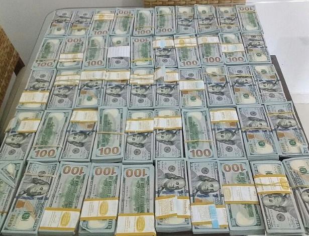 Na casa de um dos laranjas de Erik da Silva Ferraz, a PF diz ter encontrado US$ 500 mil