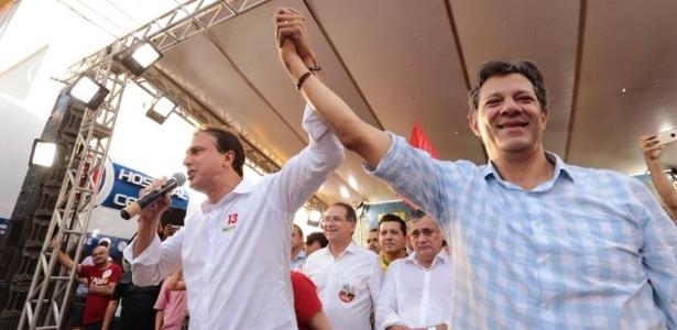 O governador do Ceará, Camilo Santana (PT), acompanhou Haddad no giro pelo estado
