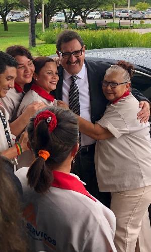 4.dez.2018 - O apresentador Ratinho se reuniu com o presidente eleito, Jair Bolsonaro, no CCBB, em Brasília