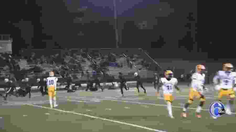 Ataque a tiros durante jogo de futebol americano em Pleasantville, nos EUA - ABC/Reprodução