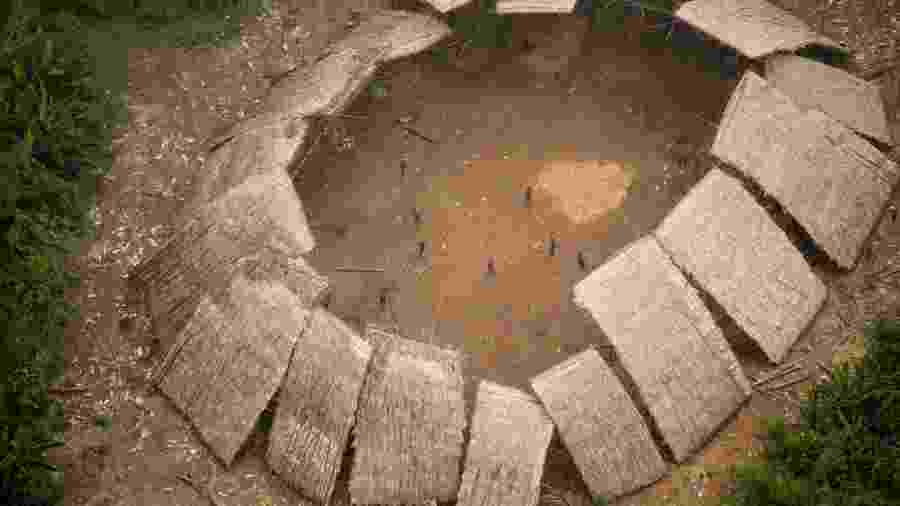 09/12/2016 - Imagem aérea feita pela Funai de indígenas Yanomami que vivem isolados em Roraima - Acervo Funai/FPEYY