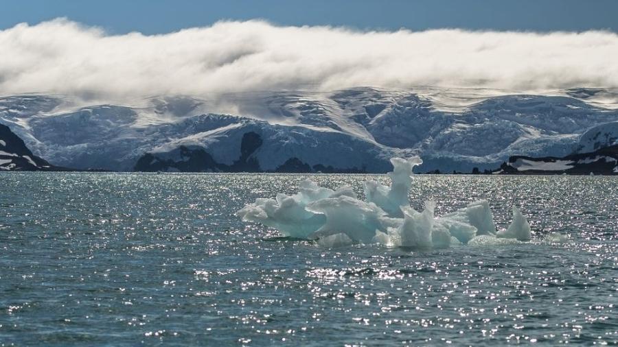 Não há coronavírus na Antártida, mas também há poucos seres humanos - Getty Images