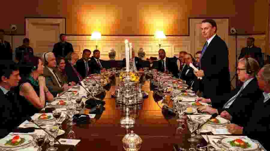 Sergio Moro, na ponta inferior esquerda da famosa foto reproduzindo a Santa Ceia da direita bolsonarista em Washington, em março de 2019 - foto Presidência da República