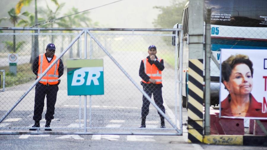 A estatal, segundo a entidade, não está cumprindo cláusulas relativas à segurança dos trabalhadores e do meio ambiente - Nilton Cardin/Estadão Conteúdo