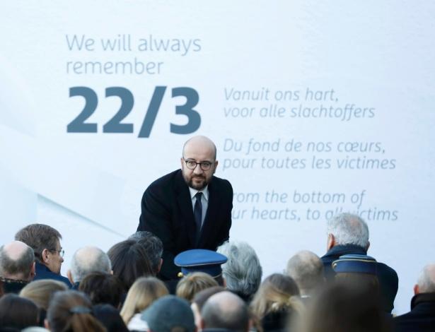 Primeiro-ministro belga, Charles Michel, durante a cerimônia em aeroporto - Yves Herman/Reuters