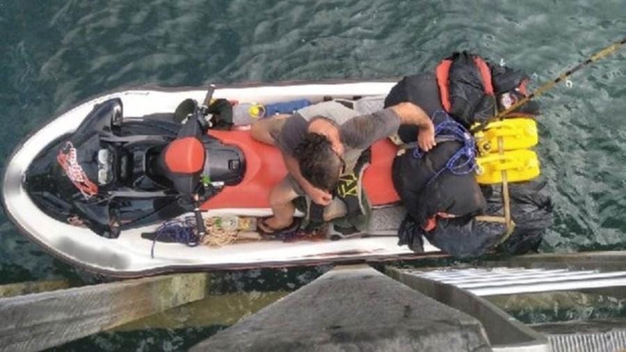Britânico, cujo nome não foi revelado, era procurado por tráfico de drogas - Polícia Federal Australiana/BBC