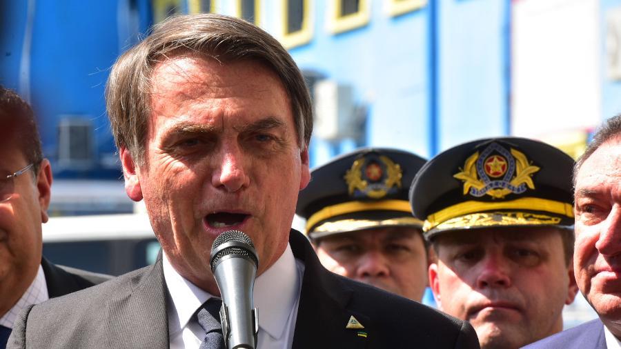 25.jul.2019 - Jair Bolsonaro visita o Colégio Militar da Polícia Militar V (CMPM V) Ten Cel Cândido José Mariano, em Manaus - Bruno Zanardo/Estadão Conteúdo