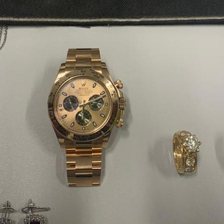 Mulher é presa suspeita de furtar relógio e joias no MT - Divulgação/Polícia Civil de Mato Grosso