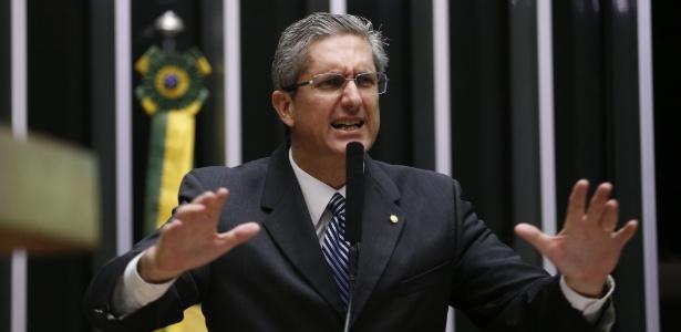 Rogério Rosso (PSD-DF) é um dos deputados que sugere a convocação de uma nova Constituinte