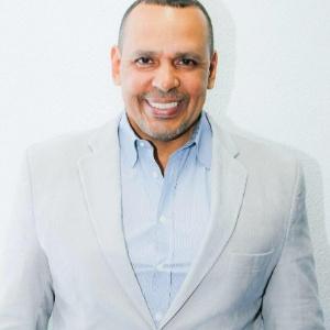 Marcos Falcon (foto), presidente da Portela, foi assassinado em 26 de setembro