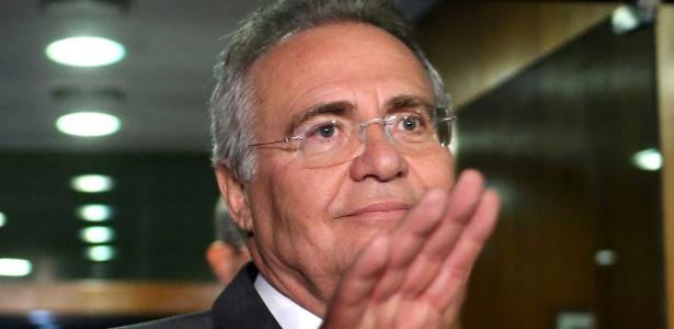 O presidente do Senado, Renan Calheiros (PMDB-AL), deixa o seu gabinete após acompanhar sessão do STF