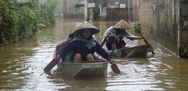 As chuvas destruíram 249 casas no país e inundaram parcialmente mais de 30 mil