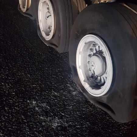 Avião da Latam fez pouso de emergência no aeroporto de Confins - 20.dez.2018 - Twitter/Reprodução