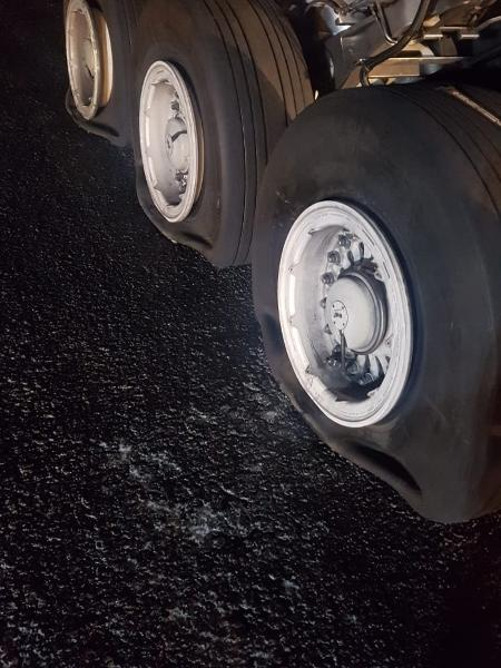 20.dez.2018 - Avião da Latam faz pouso de emergência no aeroporto de Confins - Twitter/Reprodução