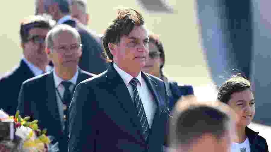 Bolsonaro disse ainda que, além da demissão, estudará outras medidas cabíveis contra Santini - Prakash Singh/AFP