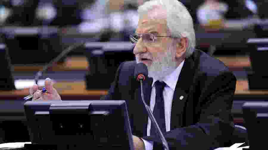 Deputado Ivan Valente  - Deputado Ivan Valente pede à PGR que Pazuello responda por ação de improbidade